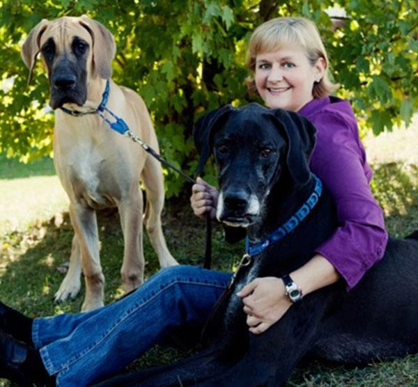 Brenda: Veterinary Staff in Waynesboro